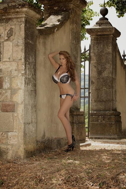 sexiest-Jordan-Carver-Fairy-Tale-hot-photo-shoot-picture-13