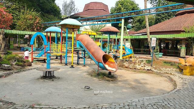 tempat bermain