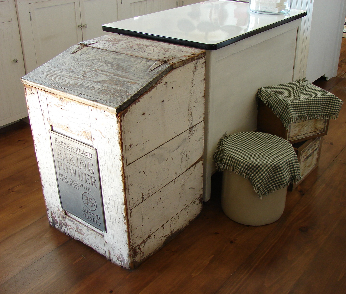 Hide Kitchen Trash Can 2 Seat Table The Country Farm Home My 39s Hidden Secrets