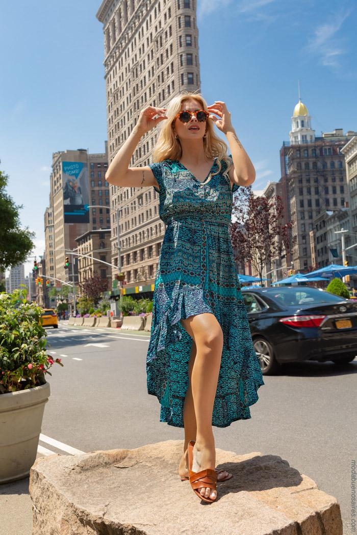 Moda primavera verano 2020 moda vestidos estampados.