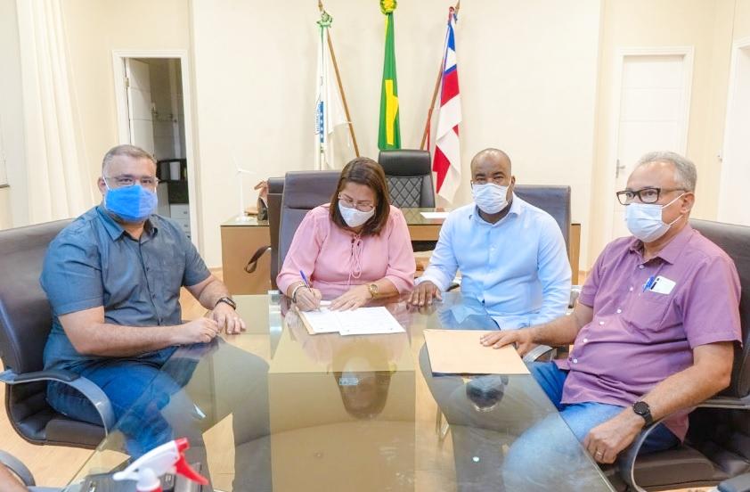 Ordem de serviço para pavimentação do Residencial Dr. Humberto é assinada pela Prefeita Suzana Ramos - Portal Spy Notícias