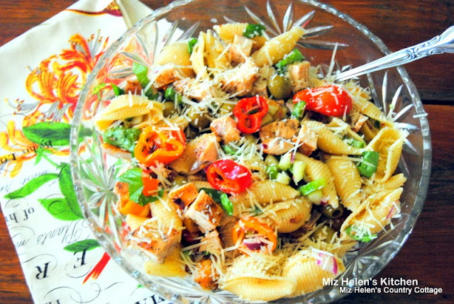 Italian Chicken and Pasta Salad at Miz Helen's Country Cottage