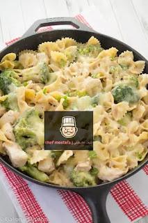 Pasta with broccoli and cream