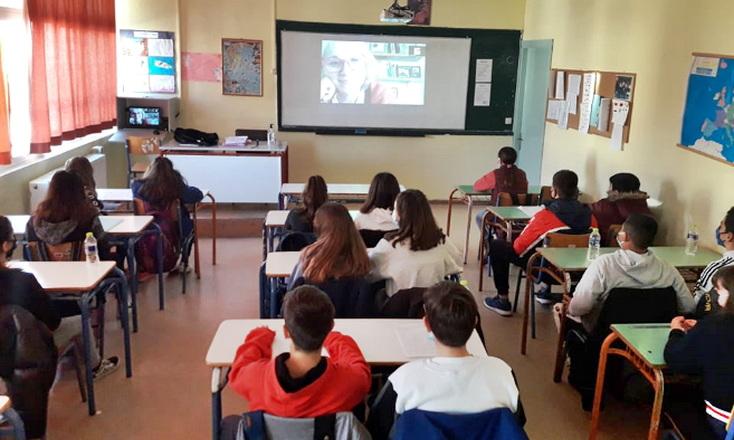 Διαδικτυακή δράση του 4ου Γυμνασίου Αλεξανδρούπολης για τα ζώα συντροφιάς