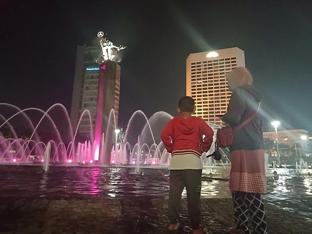 Bundaran HI [Hotel Indonesia] Sabtu Malam