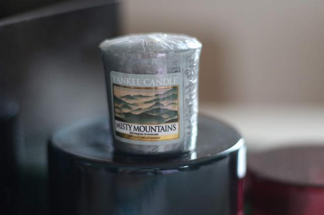 Yankee Candle Misty Mountains sviečka