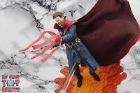 S.H. Figuarts Doctor Strange (Battle On Titan Edition) 50