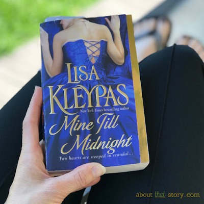 Book Review: Mine Till Midnight (The Hathaways #1) by Lisa Kleypas | About That Story