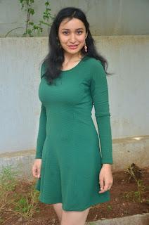 Sakshi Kakkar 4