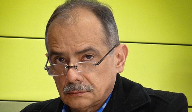 https://www.notasrosas.com/Juez 57 Civil Municipal ordenó el arresto del periodista Gonzalo Guillén