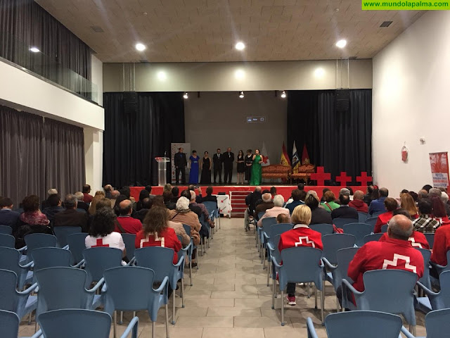 Cruz Roja organiza un emotivo acto en Tenerife y La Palma para reconocer el apoyo de sus socios y socias
