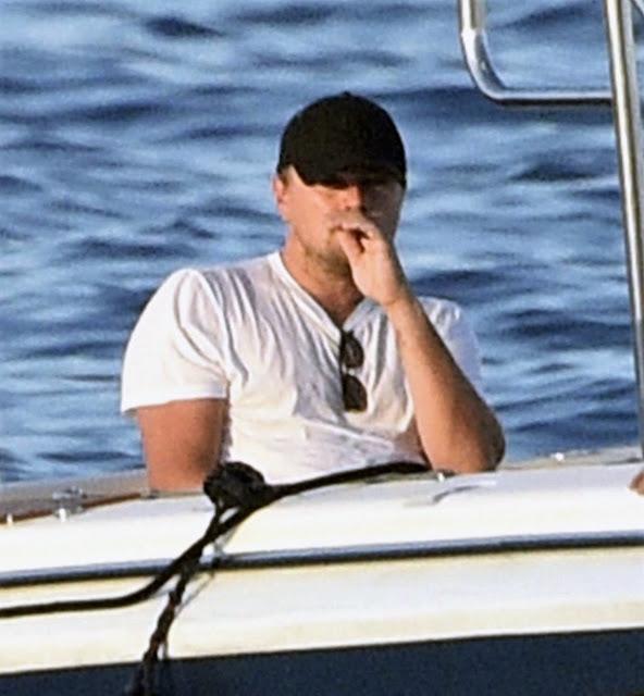 Лео Ди Каприо спаси човек от удавяне в Карибско море (СНИМКИ)
