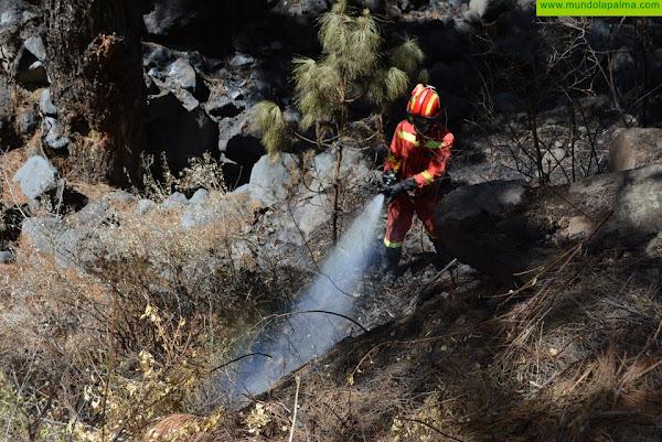 El Cabildo da por extinguido el gran incendio forestal de Garafía