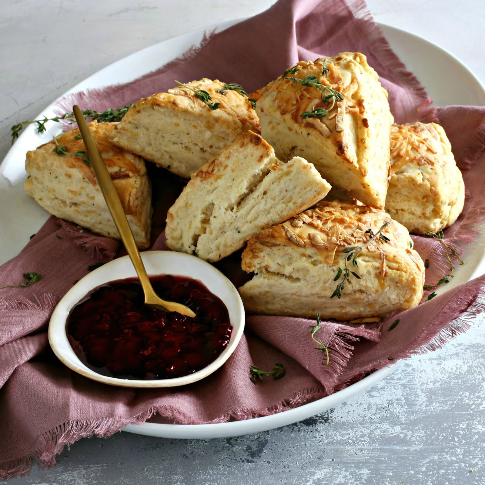 Recipe for savory scones flavored with smoked gouda cheese and fresh thyme.