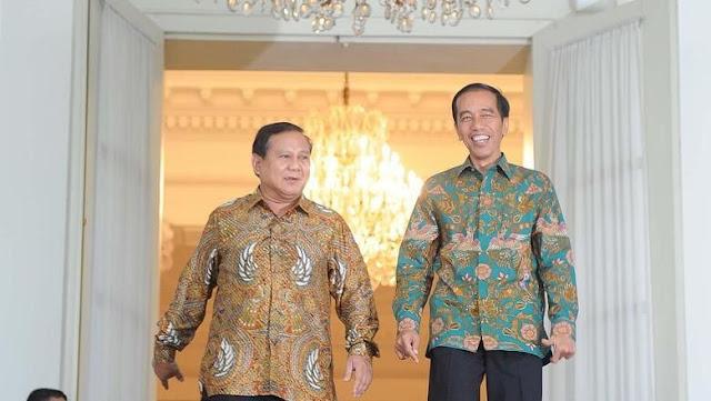 Sandiaga Harap Jokowi dan Prabowo Berpelukan di Panggung Reuni 212