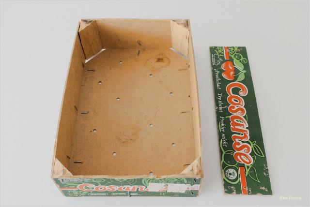 como-hacer-estante-casita-diy-caja-fresas-reciclada-paso-1