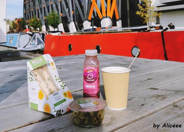 Paddington-breakfast