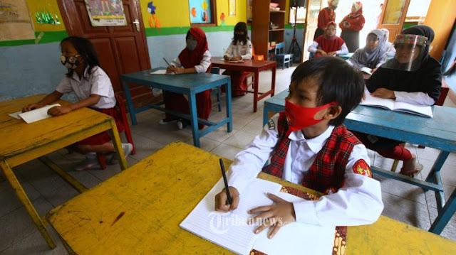 Ternyata 95 Persen Guru di Indonesia Lebih Memilih Pembelajaran Jarak Jauh (PJJ)