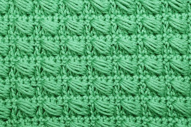 2 - Crochet Imagen Puntada conbinada con punto puff 2 a crochet y ganchillo por Majovel Crochet