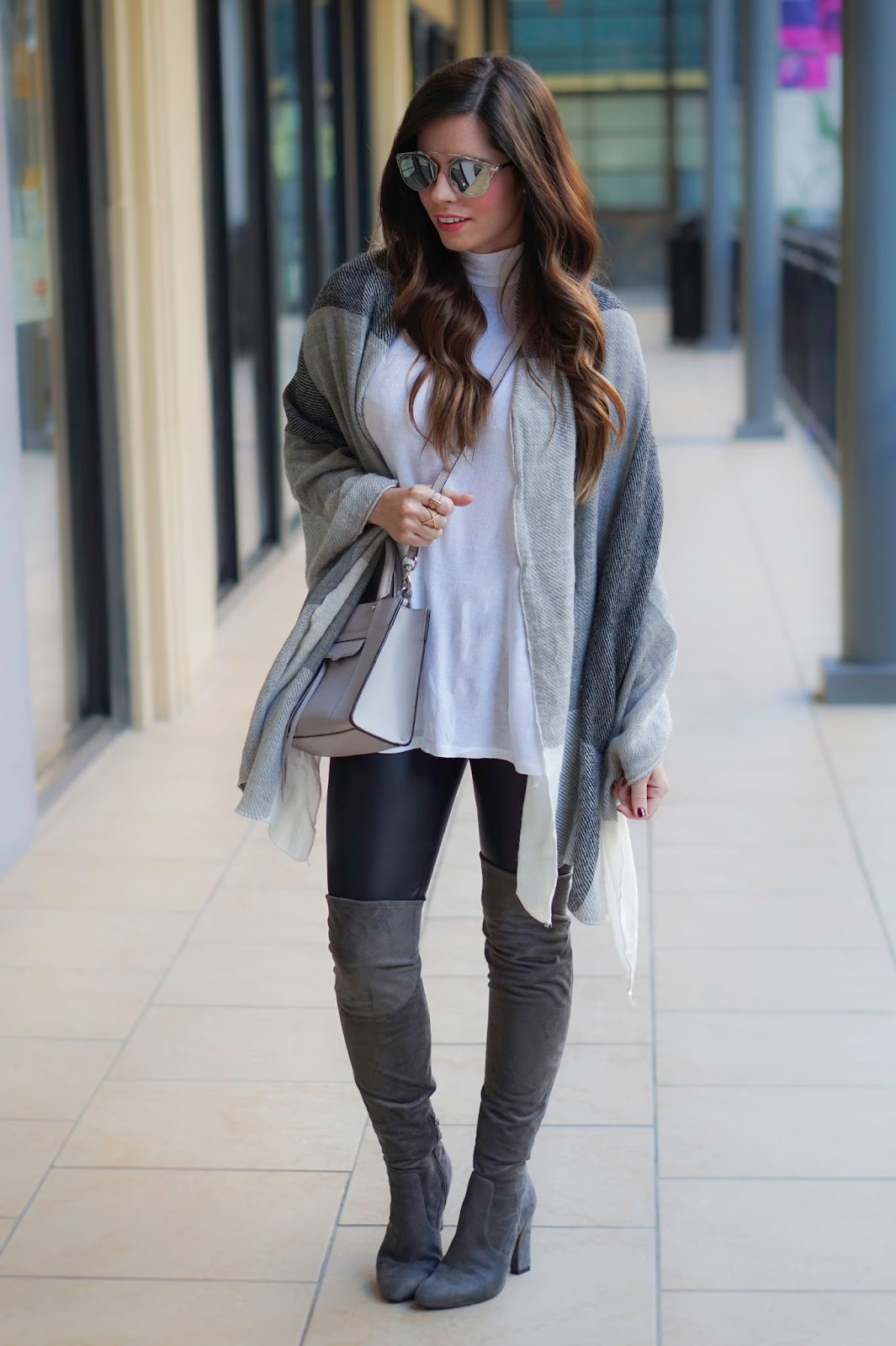 The blanket Scarf... - Flaunt and Center 25ffafb135b4
