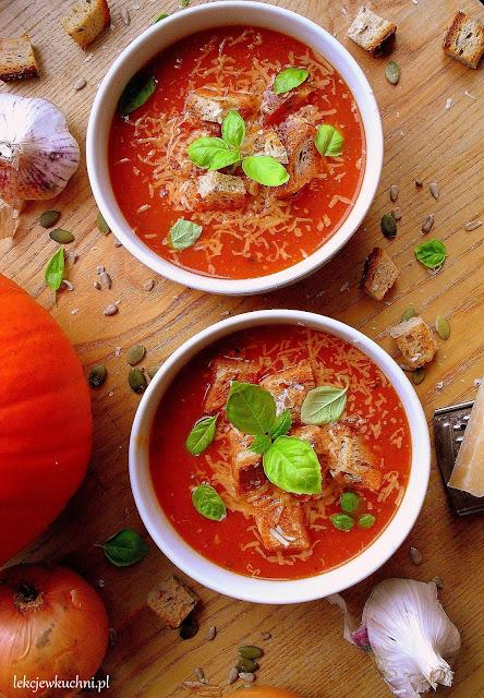Kremowa zupa z dyni i pomidorów przepis