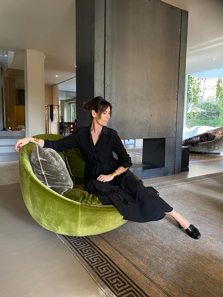 Simona Bertolotto @sissiottostyle, l'Influencer dell'Eleganza Discreta e del Vintage