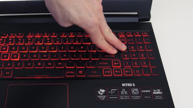 The plastic keyboard has also some flex when pressed it down hard using fingers by fair pressure.