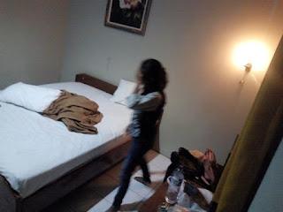 Mengaku Anggota PERADI Pasagan Mesum Di Gerebek Satpol PP Di Hotel Kelas Melati