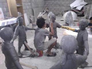 model patung anak