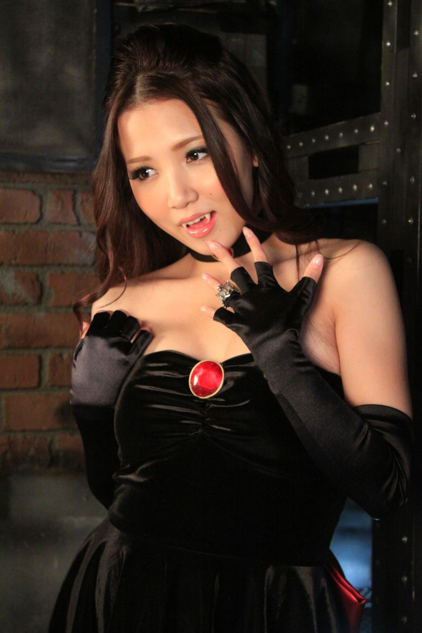 Showing Porn Images For Asian Vampire Porn  Wwwhandy -5059