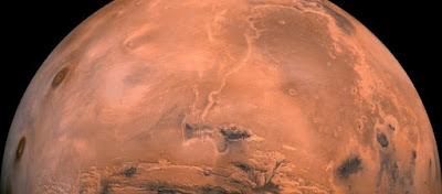 Αμερικανίδα αστροναύτης προειδοποιεί: «Χρειαζόμαστε τη Γη – Ο Άρης δεν είναι η λύση για το ανθρώπινο είδος» (φώτο)