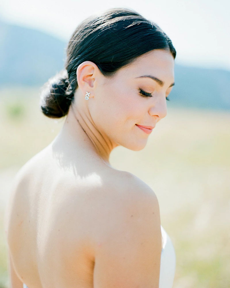 How to Unclog Summer Skin Before Your Fall Wedding