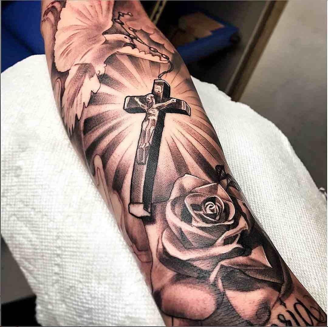 significado-tatuaje-cruz