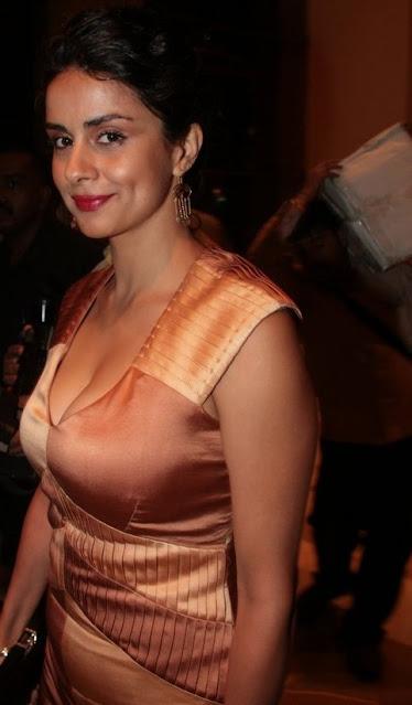 Bollywood Hottie Gul Panag Stills Actress Trend