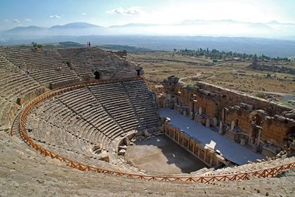 เฮียราโปลิส (Hierapolis) @ www.kusadasi.biz