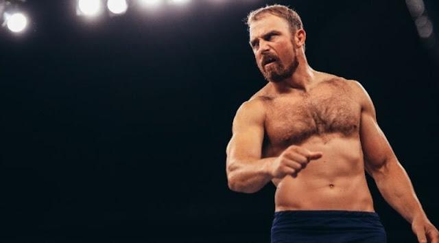 Timothy Thatcher estreia no NXT como parceiro misterioso de Matt Riddle