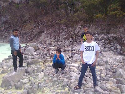 Touring Ke Kawah Putih Bandung