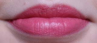 Avon Ultra Colour 3D Plumping Lipstick Stolen Kisses Lip Swatch