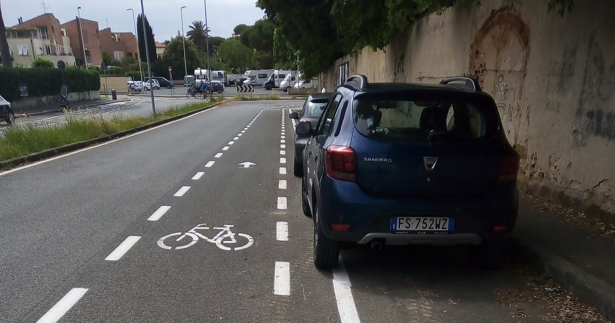 """Livorno : e le pericolose ed assurde piste ciclabili finiscono a """" Striscia la Notizia """""""