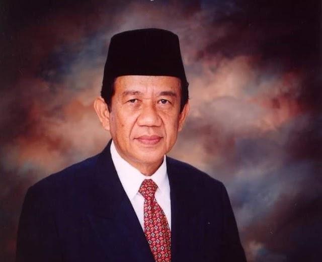 Gubernur WH: H. Muchtar Mandala, Warga Terbaik Kebanggaan Masyarakat Banten