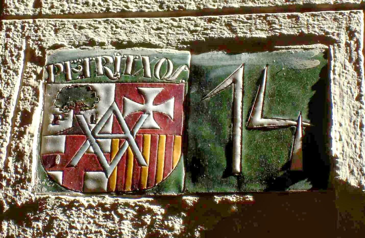 http://misqueridoscuadernos.blogspot.com.es/2014/03/carrer-petritxol-una-calle-de-mi-ciudad.html