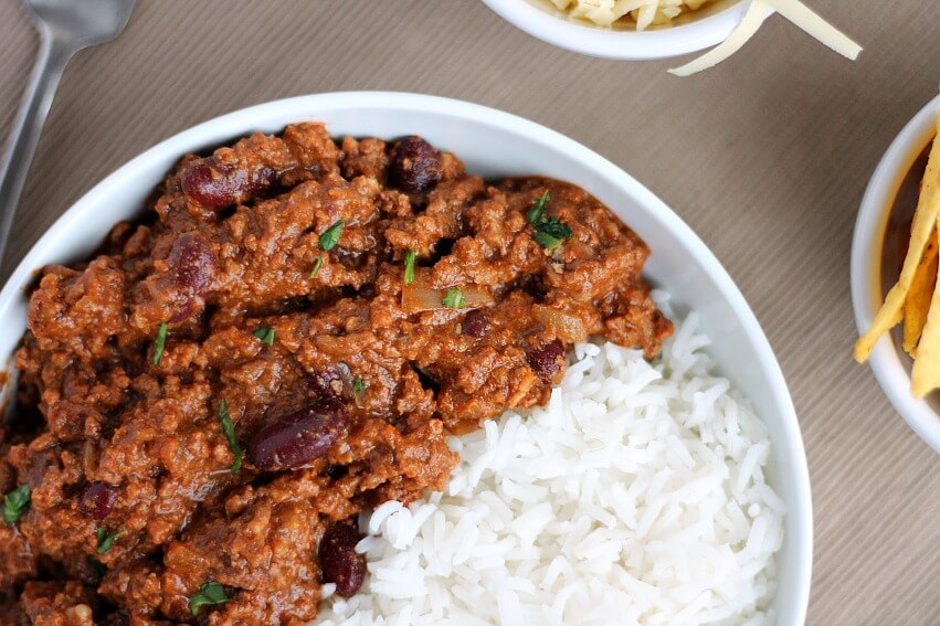 Overhead photo of slow cooker chilli con carne