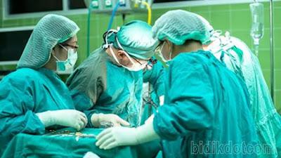 Dokter Dan Perawat Meninggal Dunia Dalam Penanganan Pasien Covid-19