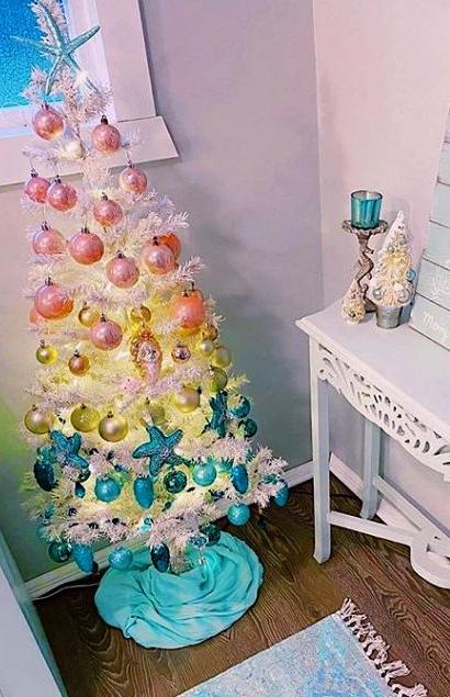 White Beach Theme Christmas Tree