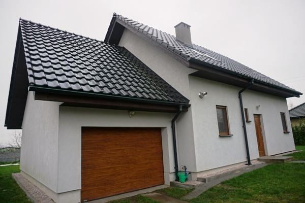 dom drewniany przed zimą