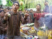 Contoh Wujud Kebudayaan dalam Kehidupan Sehari-hari (Wujud Ideal, Material, Kegiatan)