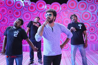 Jai Praneetha Enakku Vaaitha Adimaigal Movie Gallery  0008.JPG