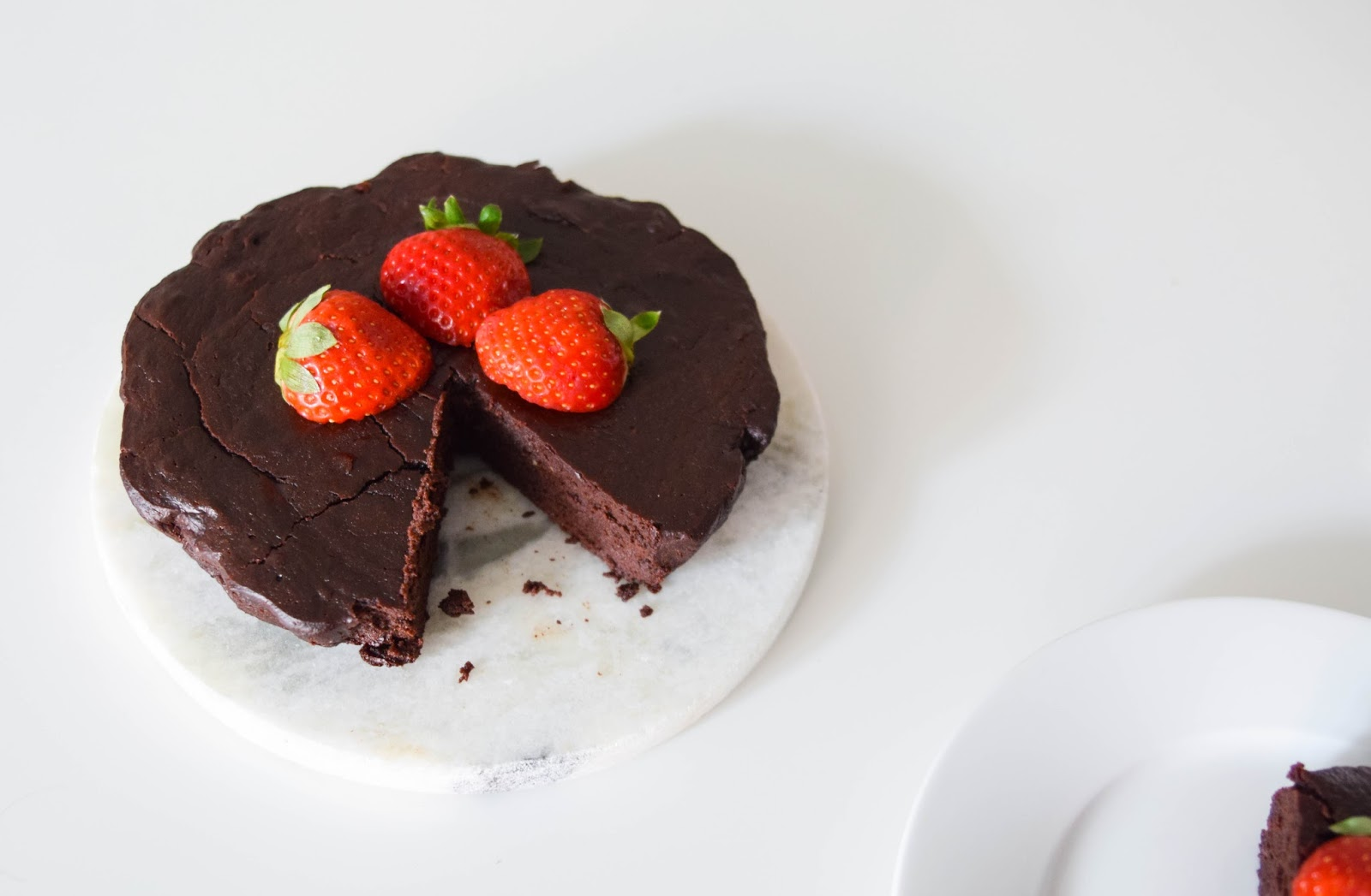 A Treat for the Healthy Eaters: Flourless Chocolate Cake