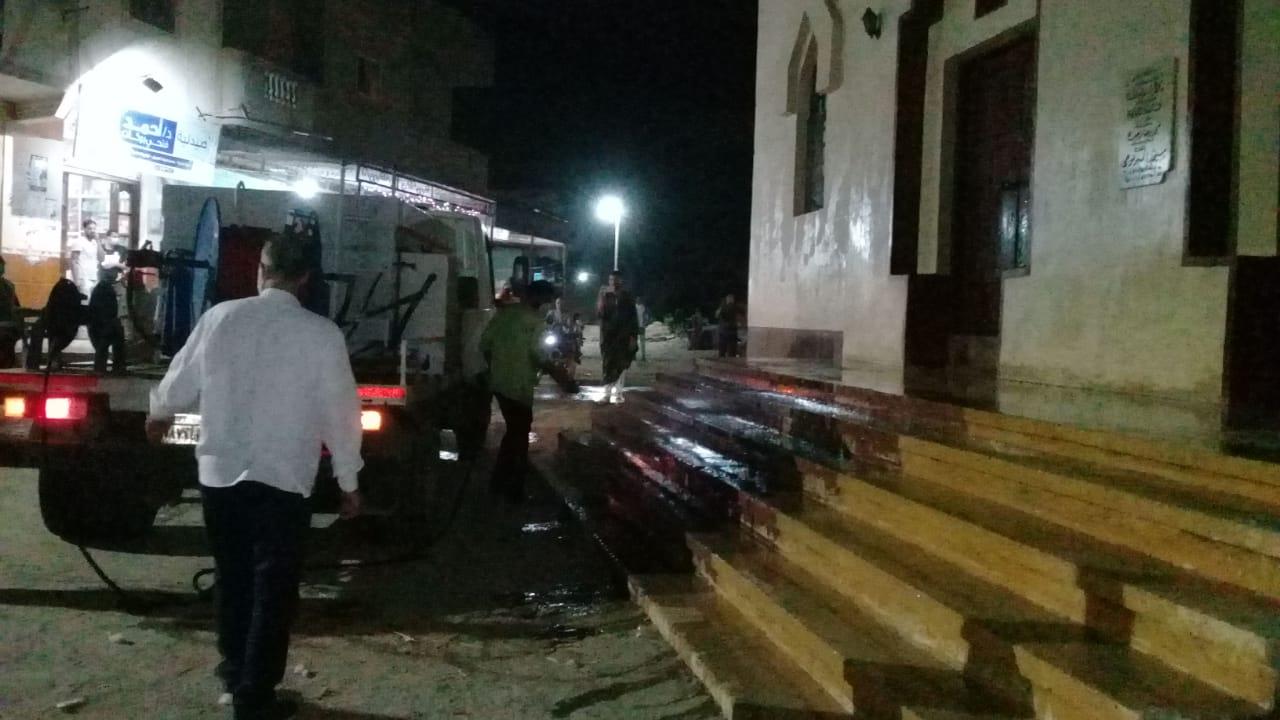 رئيس مدينة دمنهور يزيل ملعب مخالف بنديبة  اثناء جولاته بقرى مركز دمنهورتنفيذا لقرار المحافظ