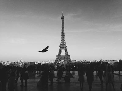 La novela romántica en París